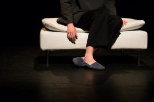 "Shadi Karamroudi dans ""Voicelessness"". Photo Roberta Cacciagla"