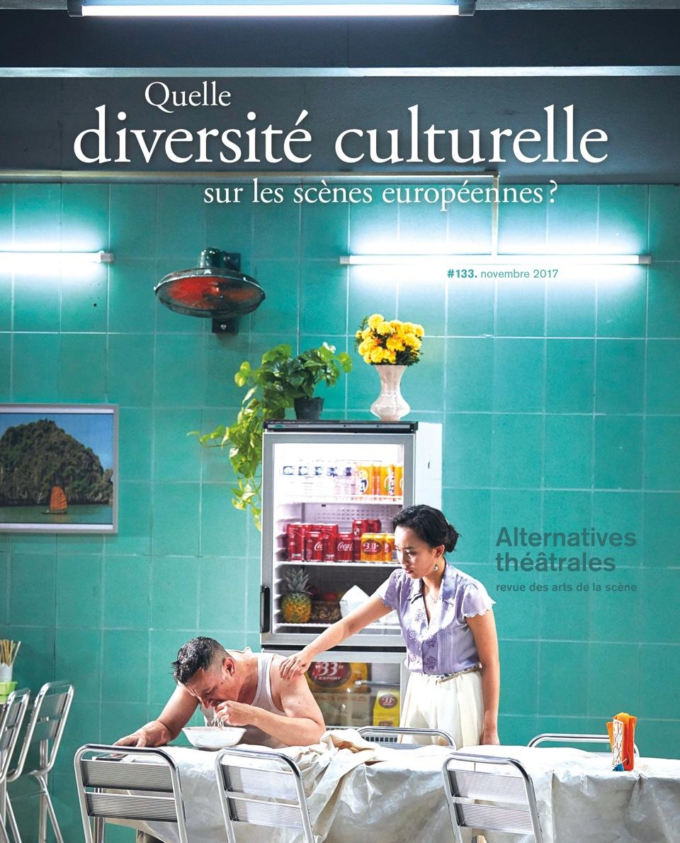 En couverture du #133: «Saïgon» de Caroline Guiela Nguyen, photo Christophe Raynaud de Lage. Design Aline Baudet.