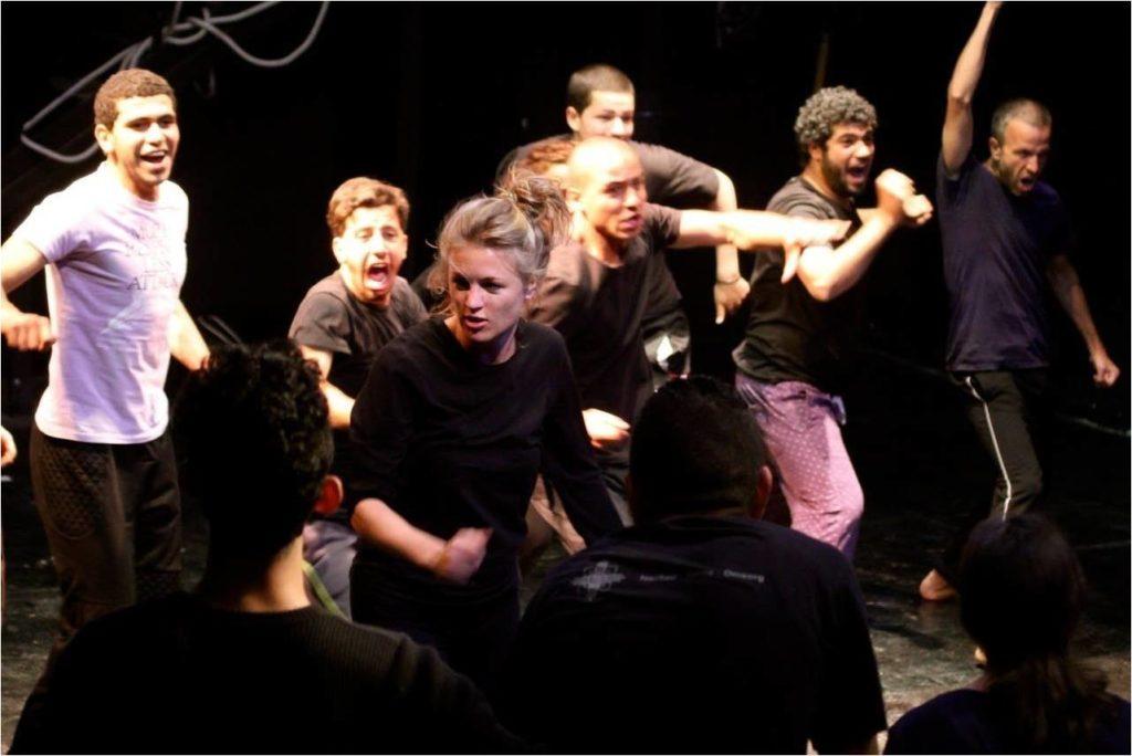 TheatreHotelCourage_Aroomwithaview_© Moon Saris