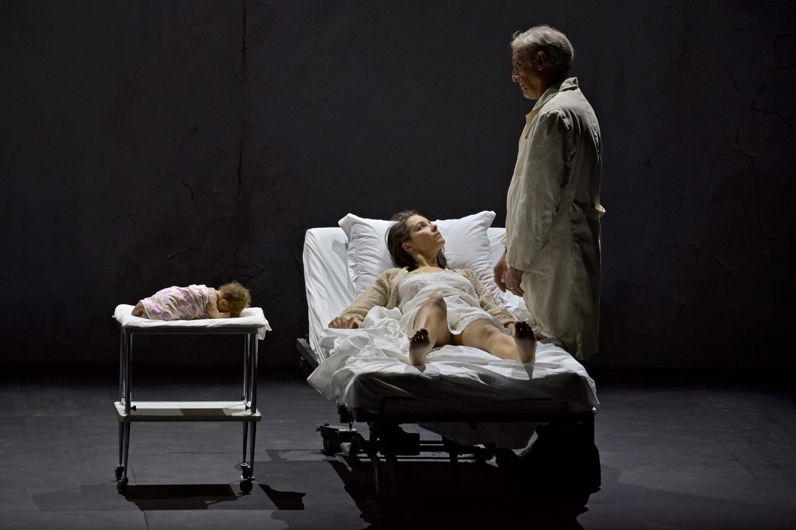 Chloé Briot (la Femme), Vincent Le Texier (le Médecin)