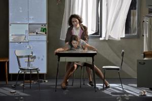 Yael Raanan-Vandor (la Voisine), Chloé Briot (la Femme)